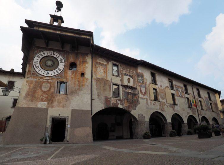 Clusone et son horloge astronomique