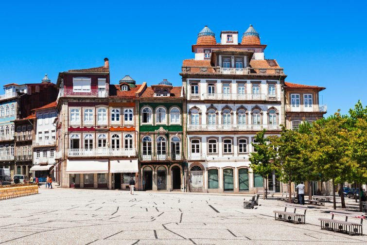 Toural-largo-portugal