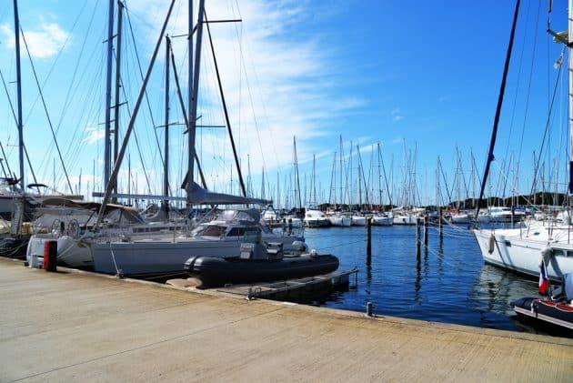 Location de bateau à Port-Camargue (Grau-du-Roi) : comment faire et où ?