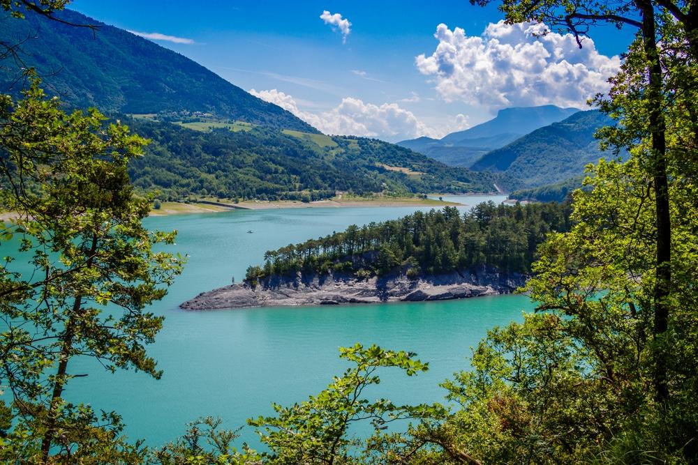 Lac de Monteynard, parmi les plus beaux lacs de France