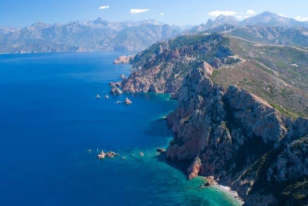 Location de bateau à Porto (Corse) : comment faire et où ?