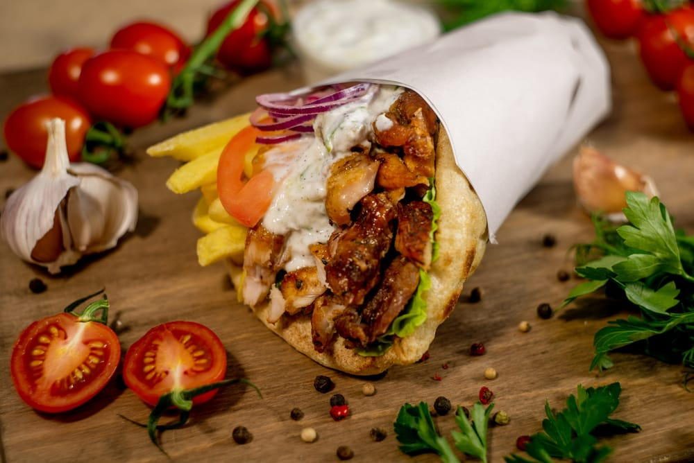 Pita gyros : spécialité de sandwich grecque