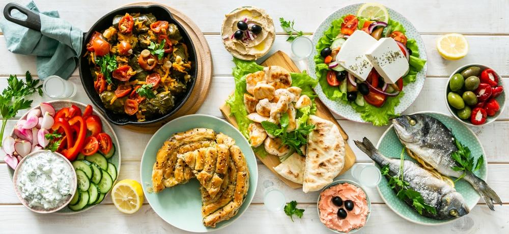 Repas traditionnel Grèce
