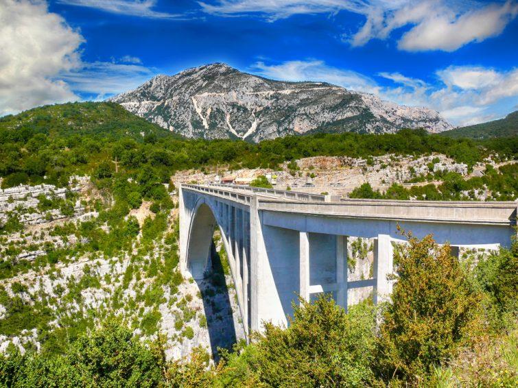 Pont enjambant les Gorges du Verdon