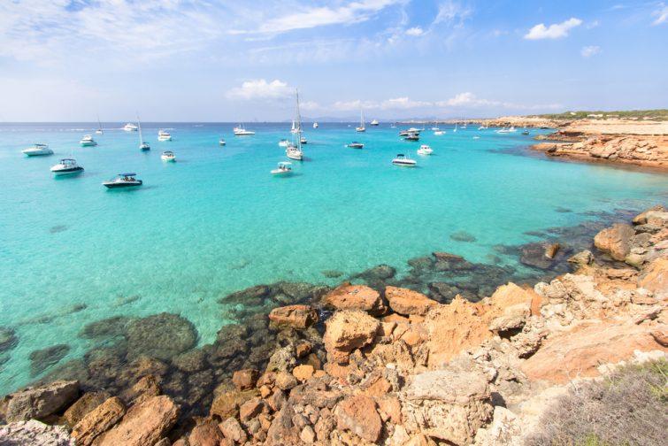 Quelle est la meilleure période pour naviguer à Ibiza ?