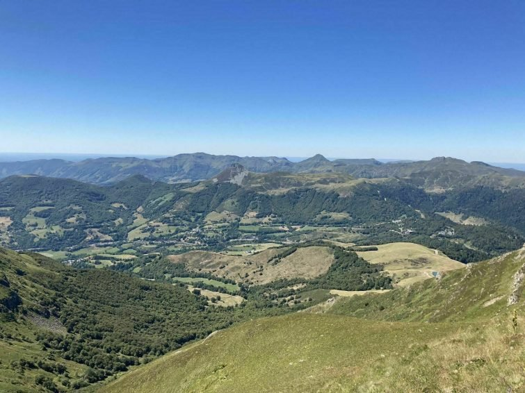 Le Col de Prat-de-Bouc et le Plomb du Cantal
