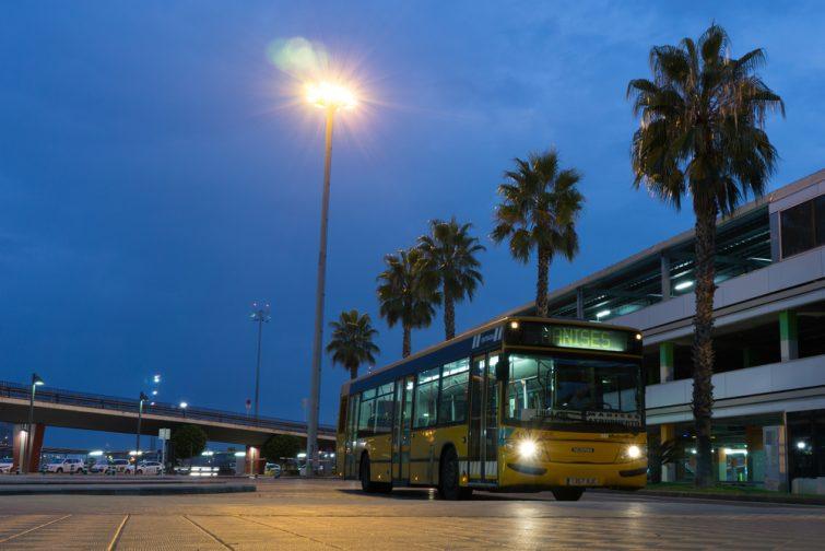 Transfert entre l'aéroport de Valence et le centre, en bus