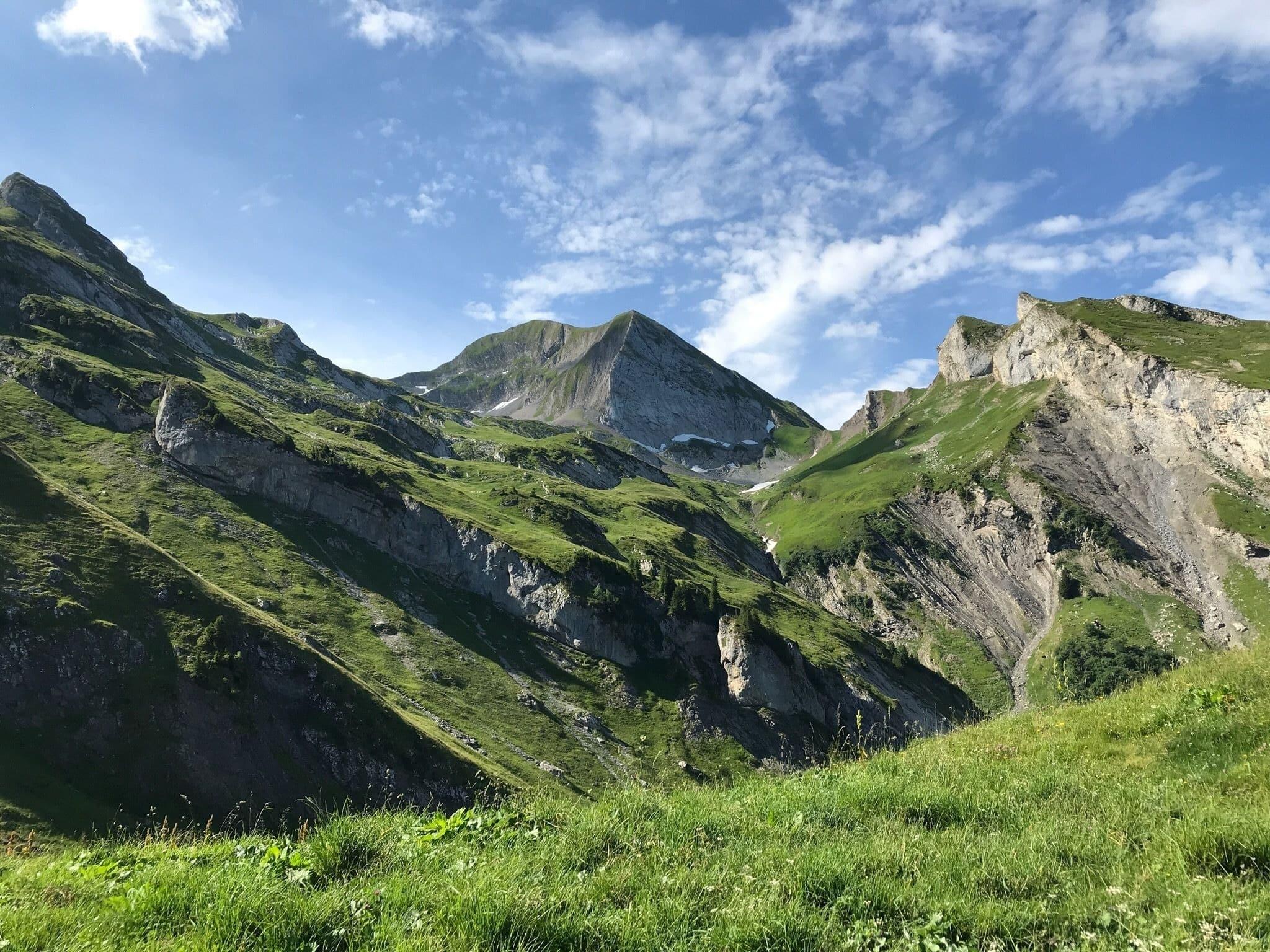 Randonnée haute savoie : Mont Charvin par le col des Porthets