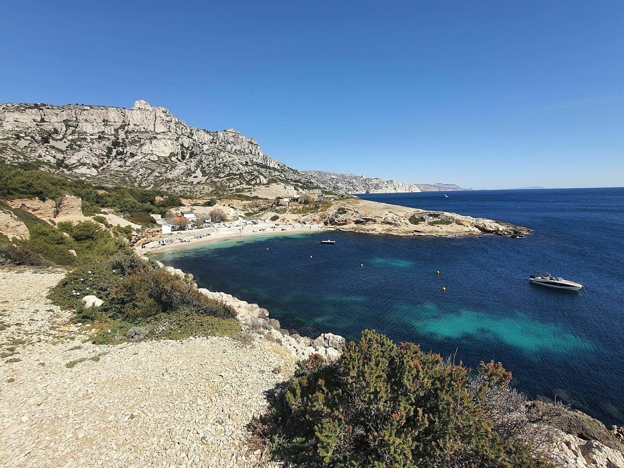 Randonnées parc national des calanques : Le circuit de la calanque de Marseilleveyre