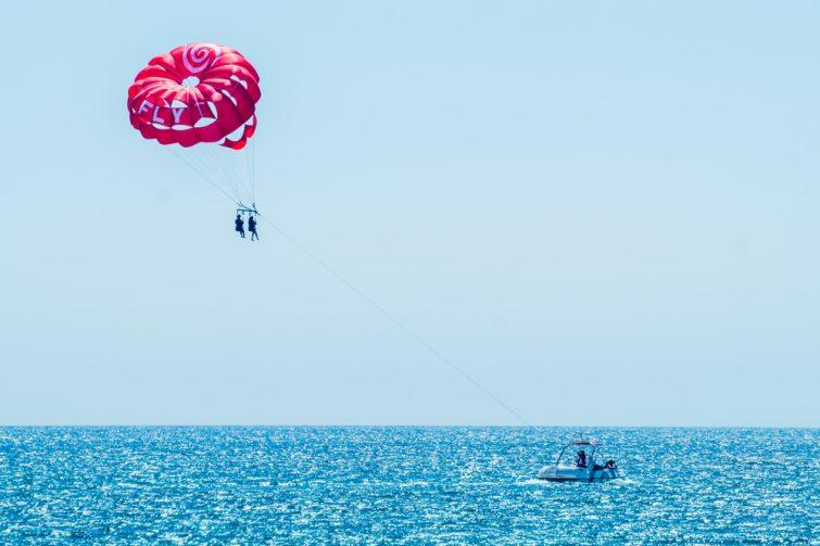Faire du parachute ascensionnel visiter Albufeira