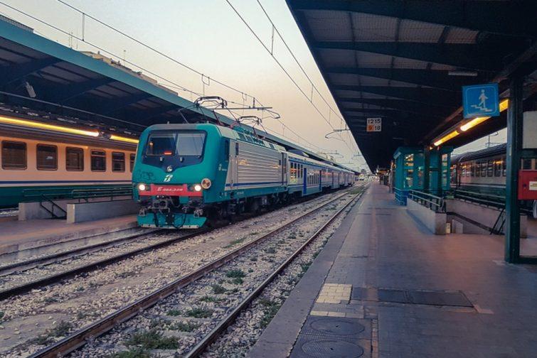 Gare centrale de Bari