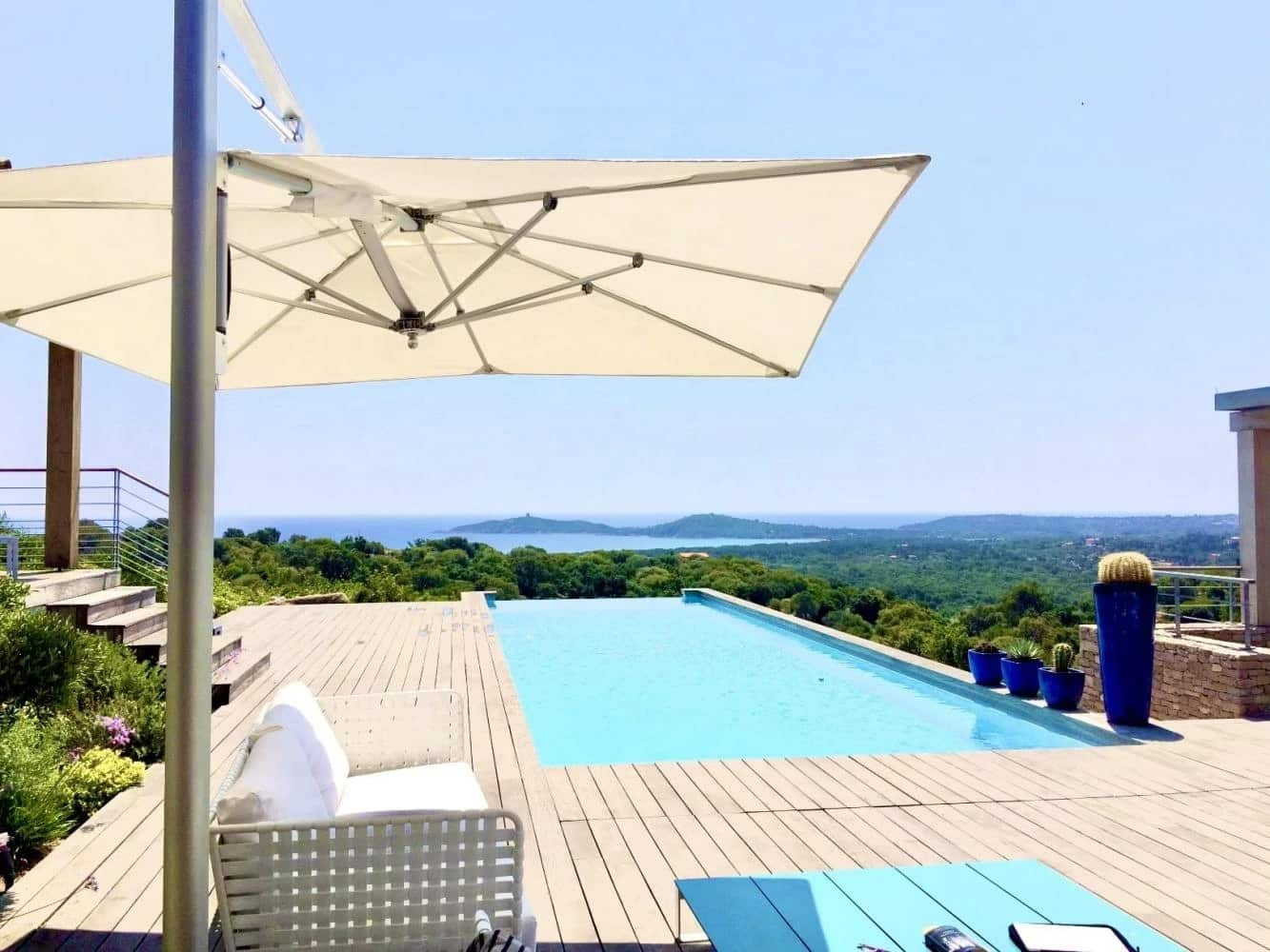 Magnifique villa d'architecte avec piscine