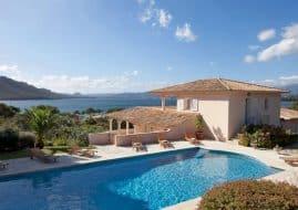 Maison proche de la plage avec vue sur la mer