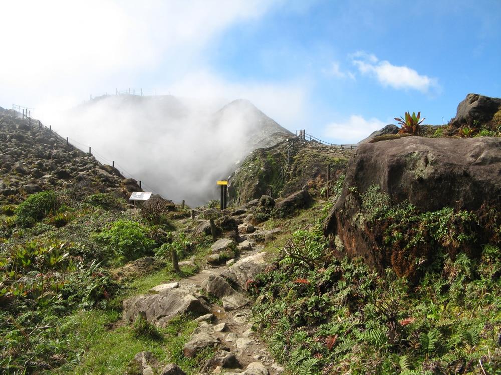 Visiter le volcan de La Soufrière : les autres itinéraires