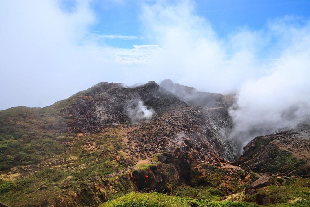 Visiter le volcan de La Soufrière : visites combinées