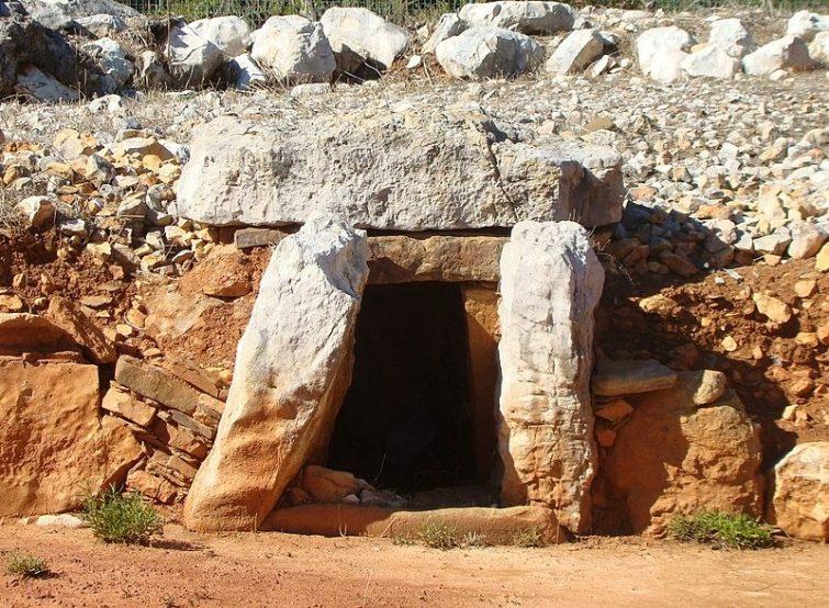 Les monuments mégalithiques d'Alcalar