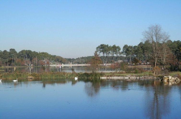 Casteljaloux et le Lac de Clarens
