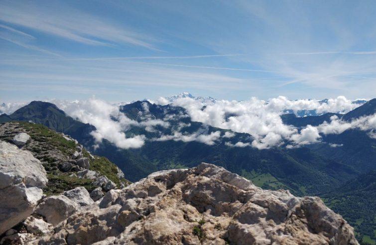 Le Mont Colombier par le Col de la Clochette