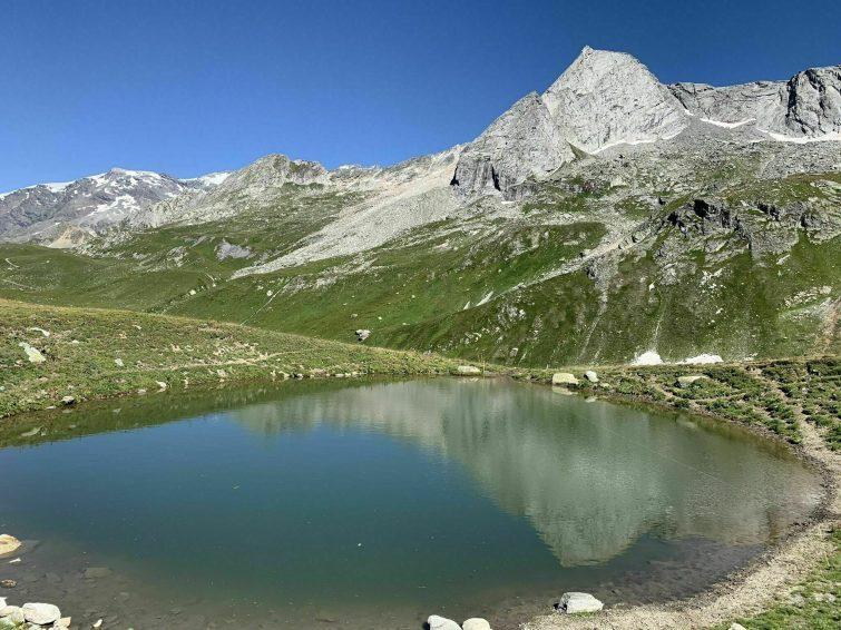 Le Refuge de Peclet et le Lac Blanc