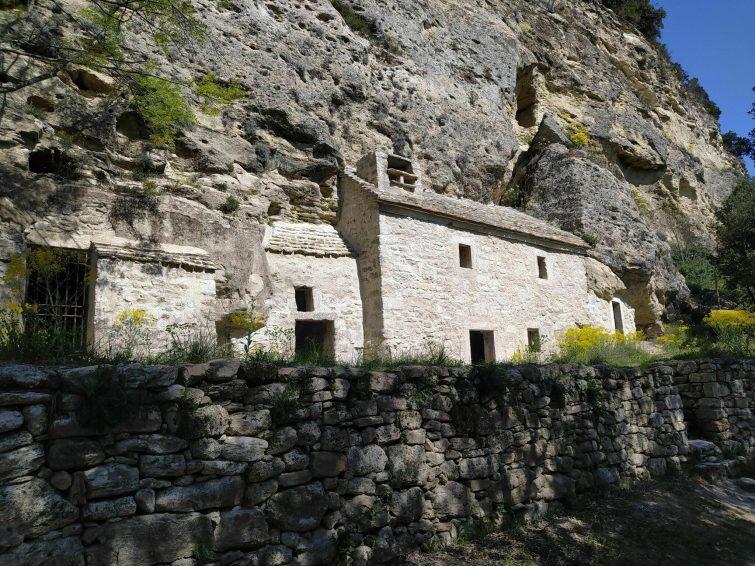 Le Village Troglodytique du Barry
