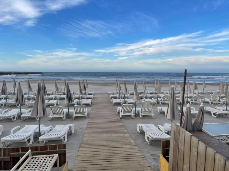 Le Cosy Beach