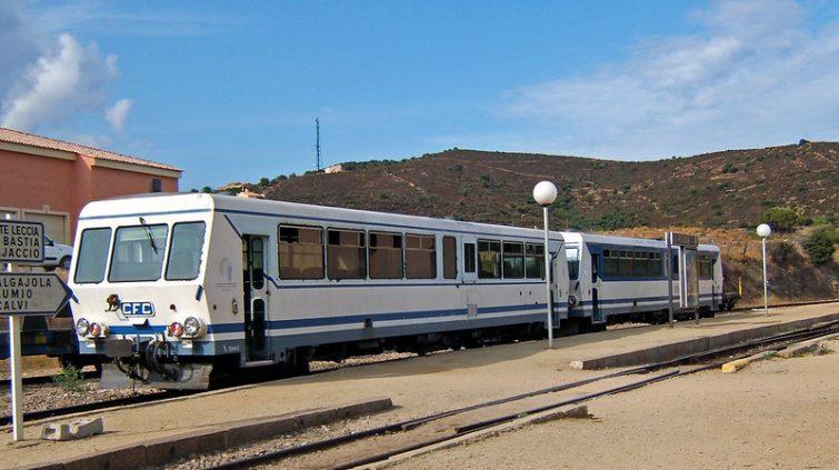 Le train de l'Île-Rousse à Calvi