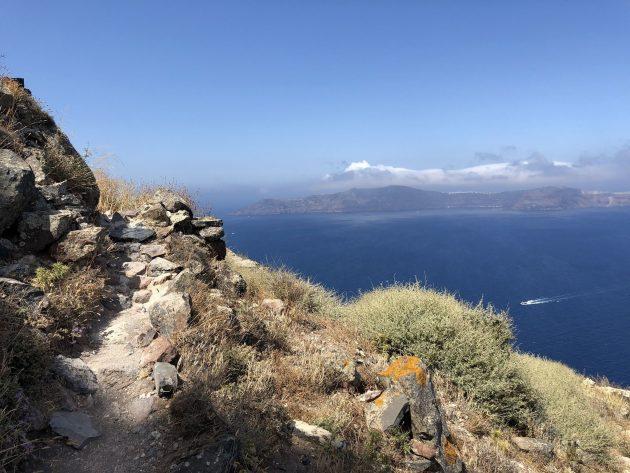 Les 7 plus belles randonnées à faire à Santorin