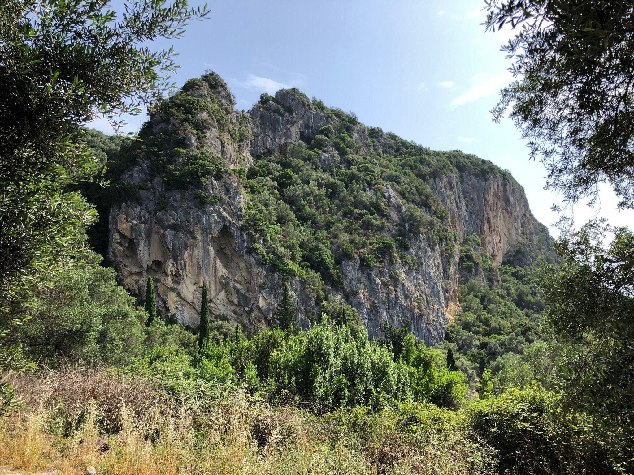 Paleokastritsa - Lakones