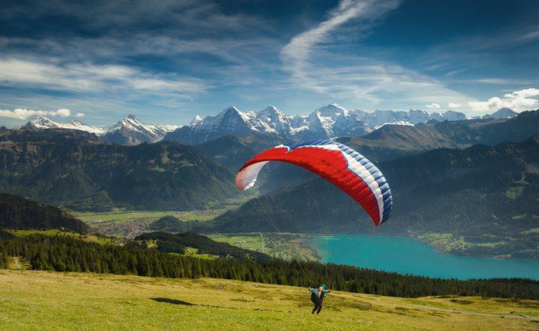 La meilleure activité : vol en parapente biplace à Interlaken
