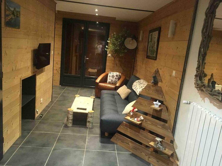 appartement neuf avec jardin Airbnb à Barcelonnette