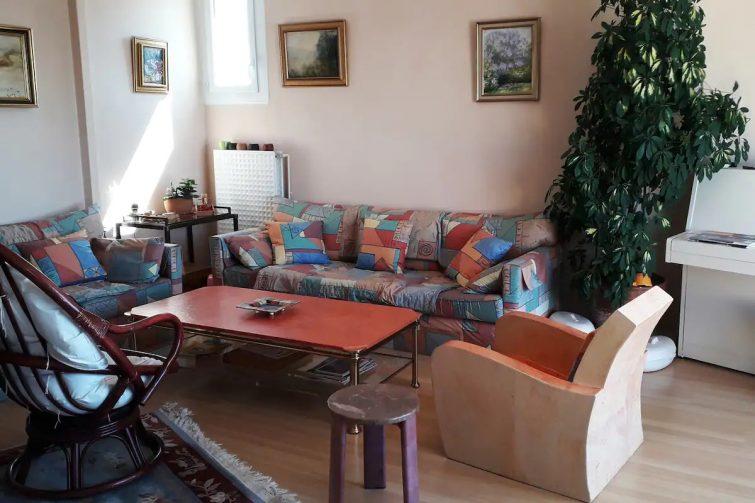 Airbnb à Bourg-en-bresse Grand appartement avec terrasses 7 personnes
