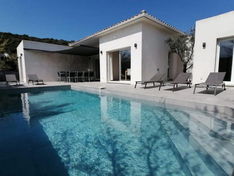 Villa moderne de standing, piscine, 4 chambres