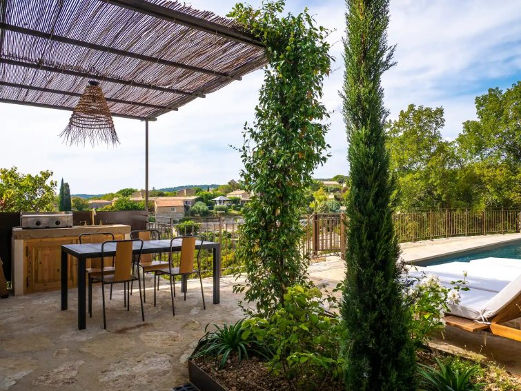 Home In Gordes Village With Private Heated Pool Airbnb à Gordes