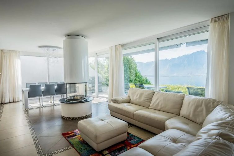 Comfortable magical family home with the best view Airbnb à Lac Léman