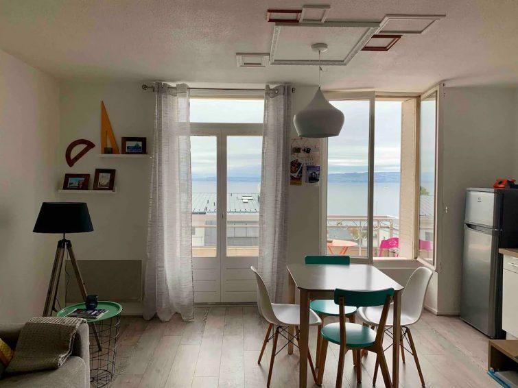 Airbnb autour du Lac Léman Un balcon sur le leman au coeur d'Evian