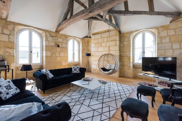 """Airbnb à Libourne Magnifique loft type """"boutique hôtel"""" à Libourne"""