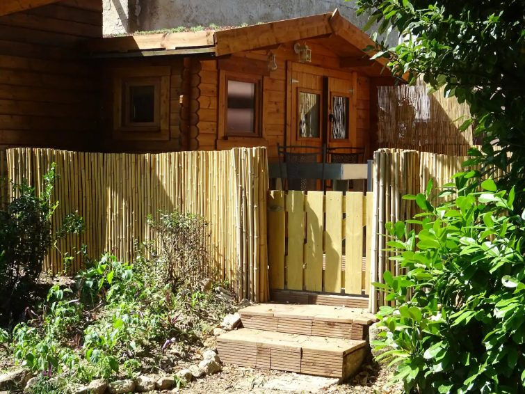 Airbnb à Libourne Chalet & spa à Libourne, proche St-Emilion