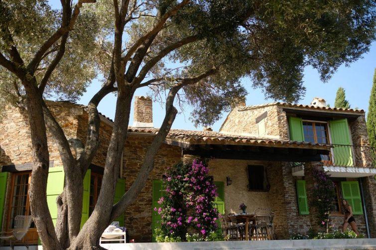 Villa in vineyards outside St. Tropez