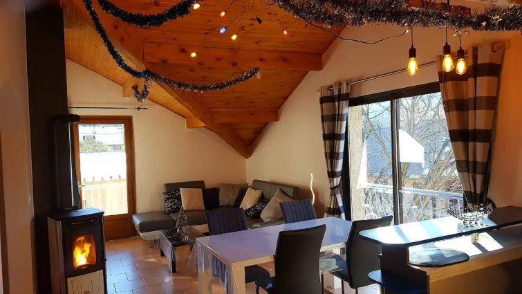 Les Chardons: T3 au calme, tout à proximité Airbnb à Vars