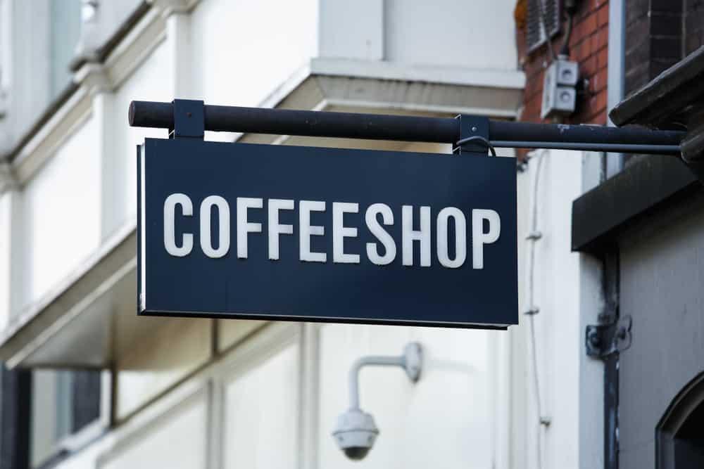 Le Coffeeshop Amsterdam (anciennement nommé Dampkring)