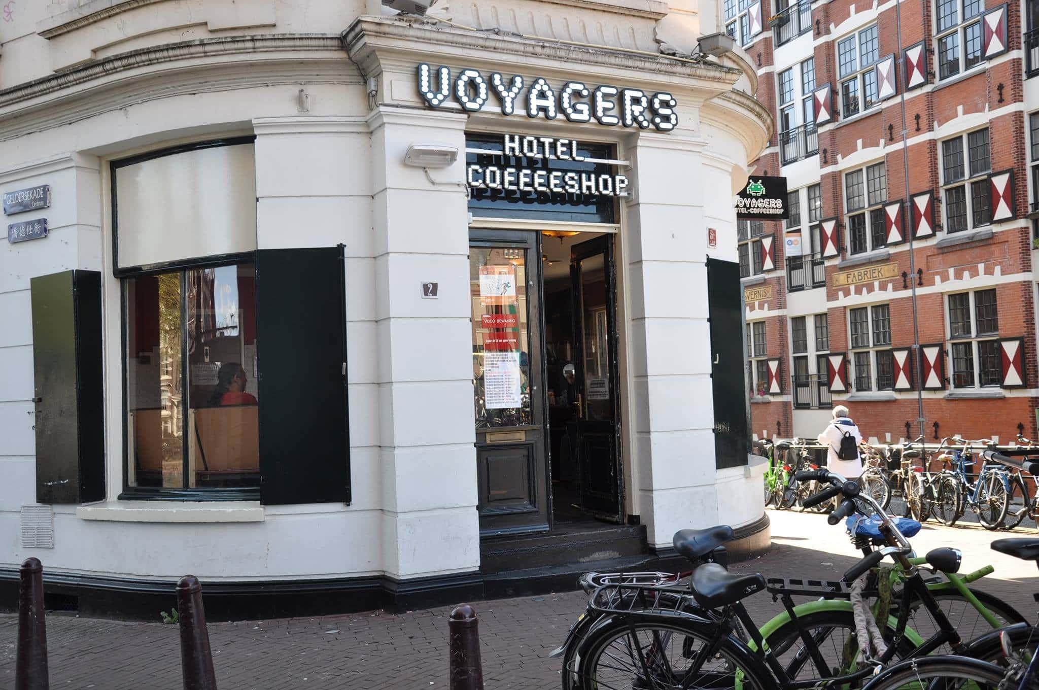 Coffee Shops Amsterdam : Le Coffeeshop Voyagers