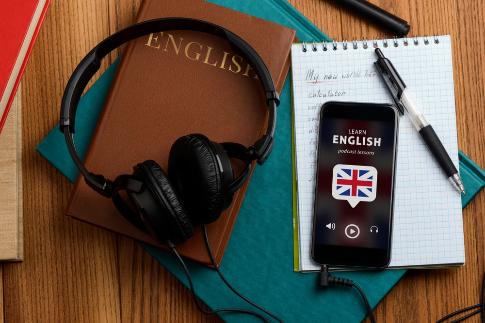 Tips for learning English: Listening to podcasts in English