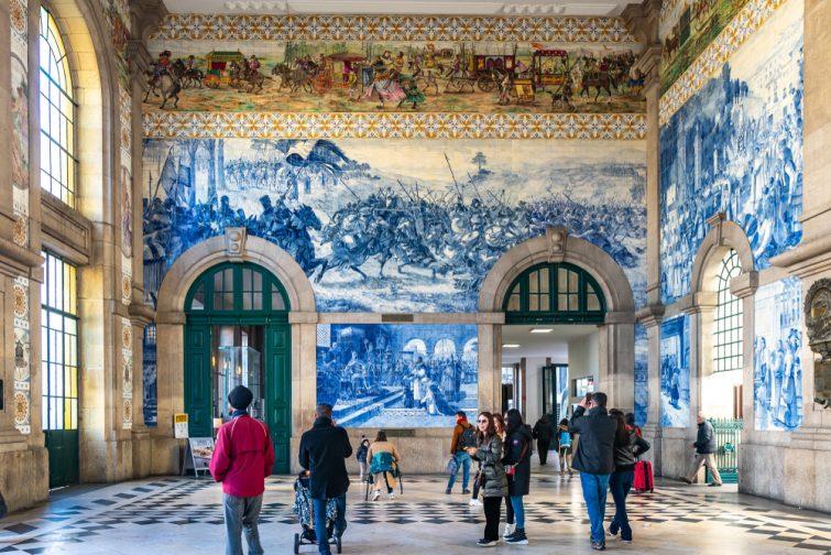 Les azulejos - visiter Porto