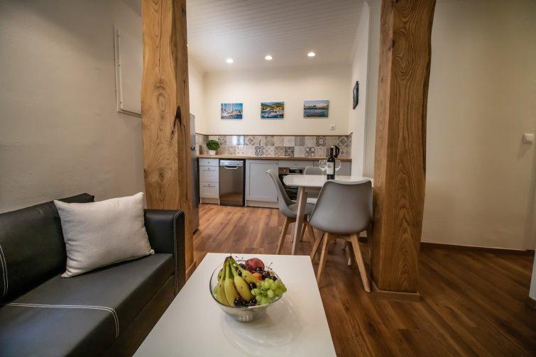 Appartement cosy avec jacuzzi extérieur