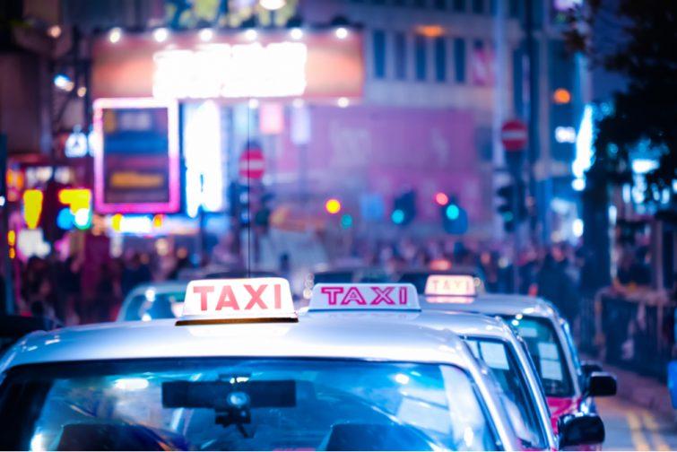Les mots et expressions pour demander son chemin ou prendre un taxi - apprendre chinois