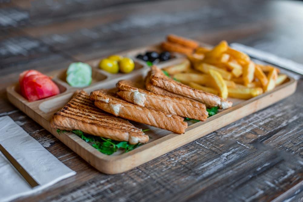 Kasarli tost - street food Istanbul