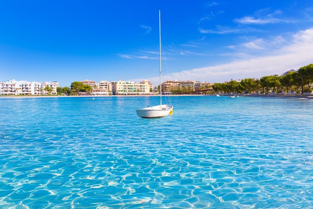 Playa de Alcudia, divertissante - plages Majorque