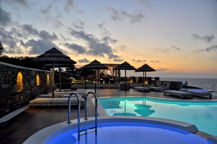 Meilleurs hôtels à Ikaria