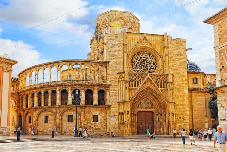 La Cathédrale Sainte-Marie de Valence